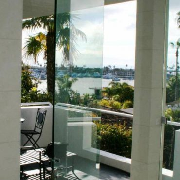 glass-balcony-railing-niles-glass-stair-railing-niles