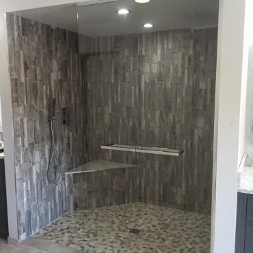 frameless-glass-shower-doors-chicago-shower-doors-installation-chicago