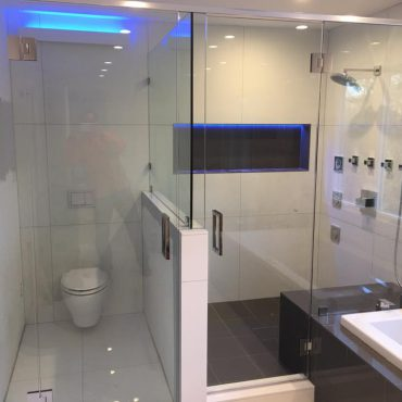 frameless-glass-shower-doors-chicago-glass-shower-doors-chicago