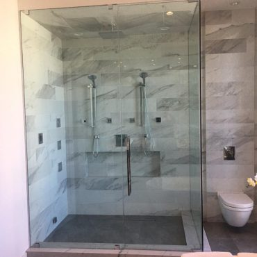 shower-doors-installation-chicago-glass-stair-railing-chicago