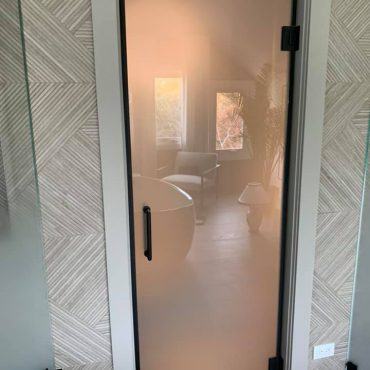 shower-doors-installation-chicago-glass-shower-enclosures-chicago