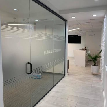 shower-enclosures-chicago-custom-glass-shower-doors-chicago